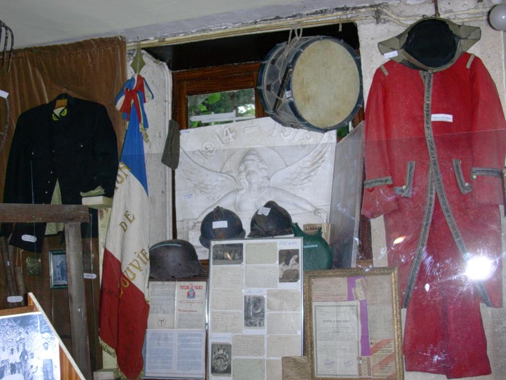musée hommes`ages 2006