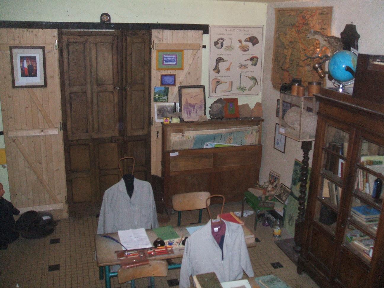 """l`ecole musée """"Hommes`Ages"""" 2008  9"""